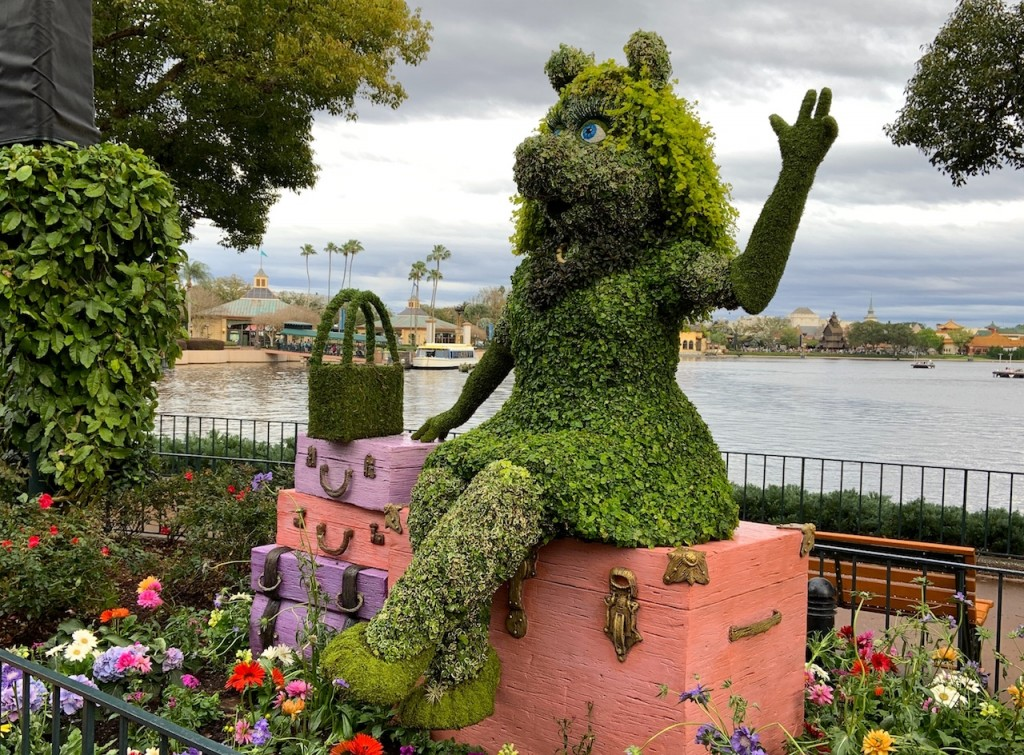 Miss Piggy Topiary F&g