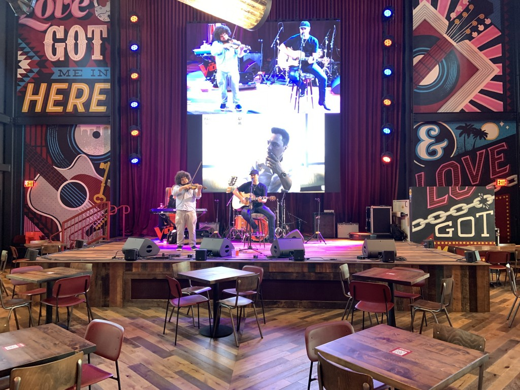 Ole Red Interior Live Music