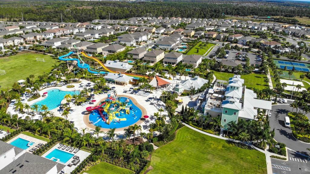 Media Encore Resort Reunion Aerial