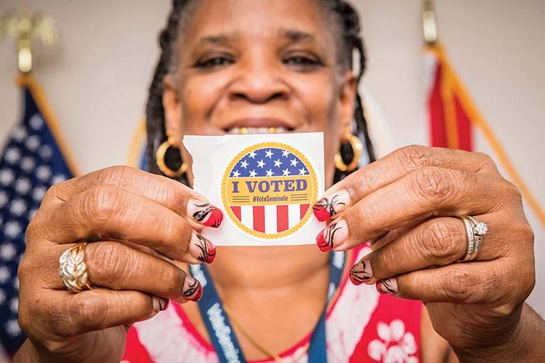 Sharon Glover, Poll Worker, Photo By Roberto Gonzalez