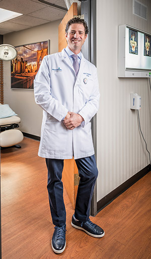 Adventhealth Urologist Dr. Steinberg, Photo By Roberto Gonzalez
