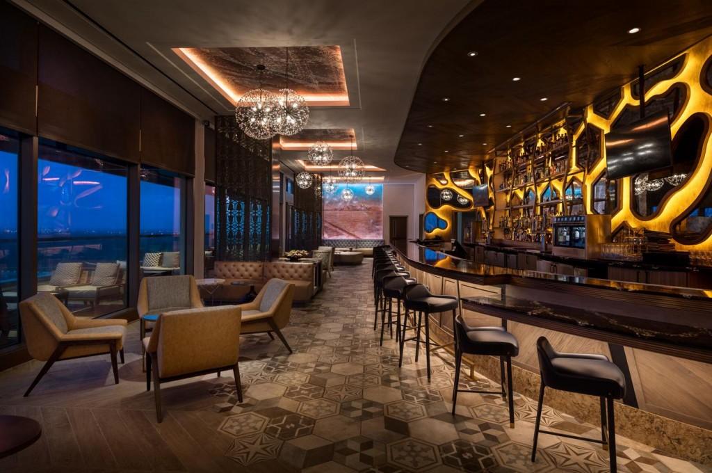 Dahlia Lounge Court Wdw
