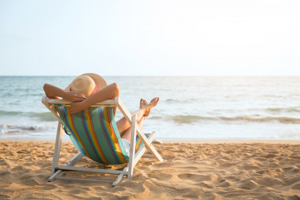 Summer,beach,vacation,concept,,asia,woman,with,hat,relaxing,and